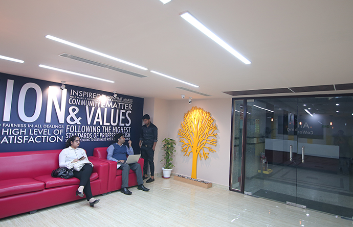 Here's How To Grow Your Network At Co-working Spaces